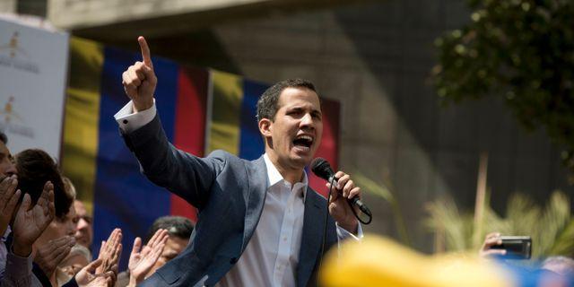 Kongressledaren och oppositionspolitiken Juan Guaido kan ta över presidentrollen. Fernando Llano / TT NYHETSBYRÅN/ NTB Scanpix