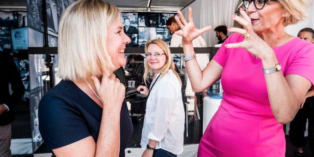 Finansminister Magdalena Andersson (S) och Moderaternas ekonomisk-politiska talesperson Elisabeth Svantesson. Magnus Hjalmarson Neideman/SvD/TT / TT NYHETSBYRÅN