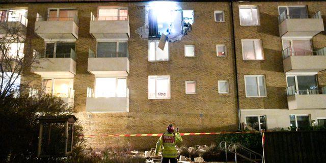 Explosionen orsakade stora skador på fasaden  Johan Nilsson/TT / TT NYHETSBYRÅN