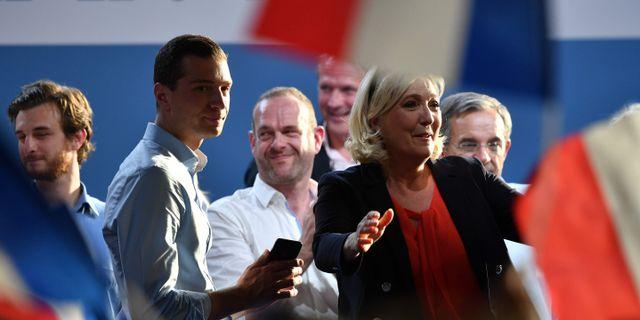 Jordan Bardella och Marine Le Pen.  PHILIPPE HUGUEN / AFP