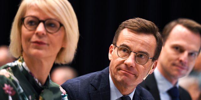 Moderaternas ekonomisk-politiske talesperson Elisabeth Svantesson och Ulf Kristersson.  Pontus Lundahl/TT / TT NYHETSBYRÅN