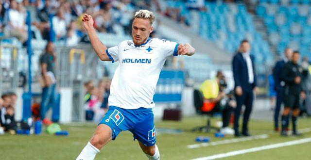 Linus Wahlqvist senast han spelade i Norrköpings tröja. Stefan Jerrevång/TT / TT NYHETSBYRÅN