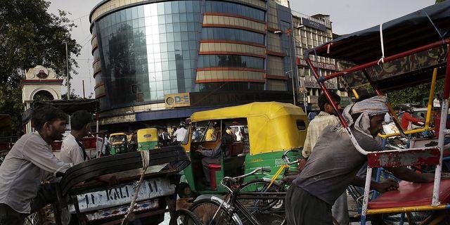 Arkivbild på börsen i Delhi. TT