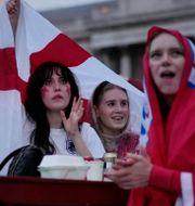 Arkivbild: Engelska fotbollsfans följer finalen mot Italien i London.  Matt Dunham / TT NYHETSBYRÅN
