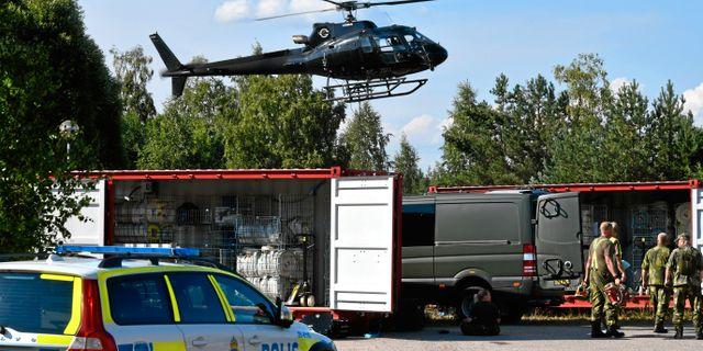 Släckningsarbete i Ljusdal. Tomas Oneborg/SvD/TT / TT NYHETSBYRÅN