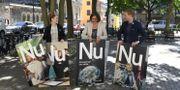 Miljöpartiets språkrör Gustav Fridolin och partisekreterare Amanda Lind presenterar partiets valaffischer, juni 2018 Pontus Lundahl/TT / TT NYHETSBYRÅN