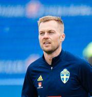Sebastian Larsson och Andreas Granqvist. Anders Wiklund/TT / TT NYHETSBYRÅN
