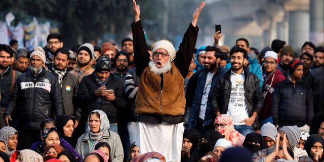 Demonstranter i Indien. ANUSHREE FADNAVIS / TT NYHETSBYRÅN