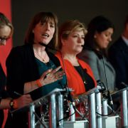 Rebecca Long-Bailey, Jess Phillips, Emily Thornberry, Lisa Nandy och Keir Starmer. PAUL ELLIS / AFP