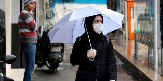 Iransk kvinna i Teheran. Ebrahim Noroozi / TT NYHETSBYRÅN