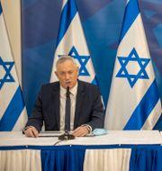 Benjamin Netanyahu och Benny Gantz.  Tal Shahar / TT NYHETSBYRÅN