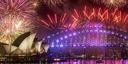 Nyårsfirandet börjar i Sydney – sedan bär det av till Hawaii för en favorit i repris. Wikicommons