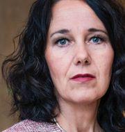 Nordeas chefekonom Annika Winsth, SEB:s privatekonom Jens Magnusson. Arkivbilder. TT