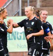 Stina Blackstenius firar 1–0. CARL SANDIN / BILDBYRÅN