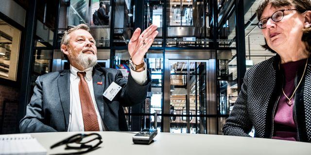 """Arkivbild: Peter """"Poker"""" Wallenberg och KTH:s rektor Sigbritt Karlsson på invigningen av Södertälje Science Park. Magnus Hjalmarson Neideman/SvD/TT / TT NYHETSBYRÅN"""