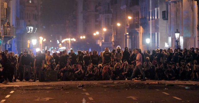 Demonstranter i Barcelona. PAU BARRENA / AFP