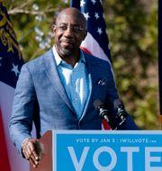 Raphael Warnock från Demokraterna håller kampanjtal i Columbus. Ben Gray / TT NYHETSBYRÅN