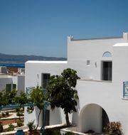 Balkong städas på Naxos i Grekland. Thanassis Stavrakis / TT NYHETSBYRÅN