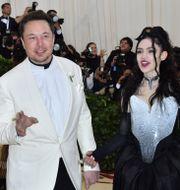 Elon Musks och  Grimes, arkivbild. ANGELA WEISS / TT NYHETSBYRÅN