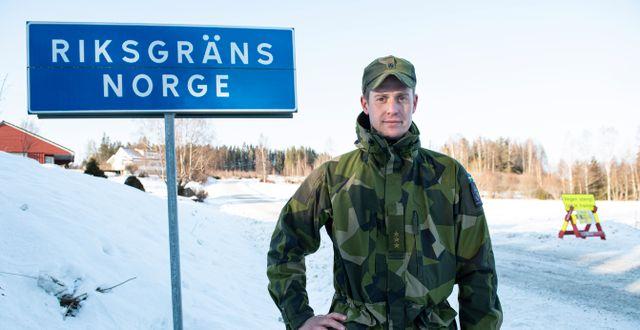 Dan Andrén, Kompanichef för gränskompaniet Väst, bevakar gränsen mot Norge. Tommy Pedersen/TT / TT NYHETSBYRÅN