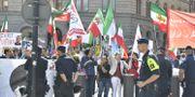 Demonstration mot Irans utrikesminister Javid Zarif besök i Sverige på Mynttorget Karin Wesslén/TT / TT NYHETSBYRÅN