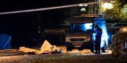 Avspärrat medan polisens kriminaltekniker arbetar i ett bostadsområde i centrala Eslöv tidigt på tisdagsmorgonen. Johan Nilsson/TT / TT NYHETSBYRÅN