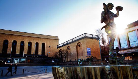 Poseidon-fontänen på Götaplatsen.