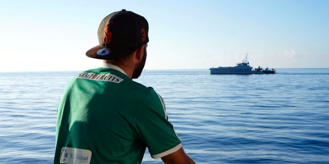 Migrant på skeppet Open Arms. Francisco Gentico / TT NYHETSBYRÅN/ NTB Scanpix