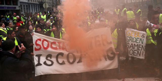 Demonstranter med gula västar i Bryssel. Francisco Seco   TT NYHETSBYRÅN 5c718c78d3c08
