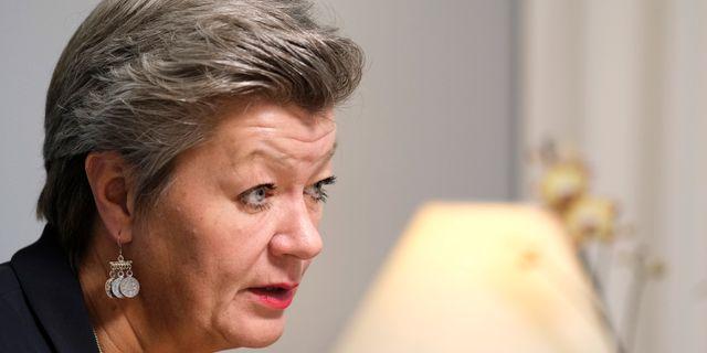 En uppgörelse är inte helt utan smärta.  En kompromiss är en kompromiss, menar arbetsmarknadsminister Ylva Johansson.  SÖREN ANDERSSON