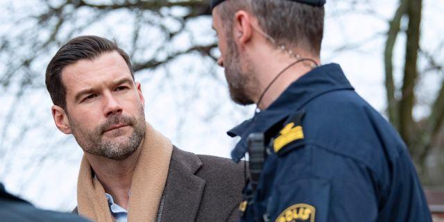 Johan Forssell (M) träffar poliser i Malmö i mars förra året. Johan Nilsson/TT / TT NYHETSBYRÅN