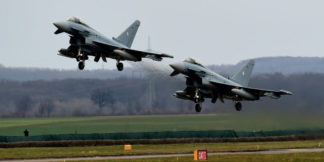 Två Eurofighter-plan vid ett tidigare tillfälle. PATRIK STOLLARZ / AFP