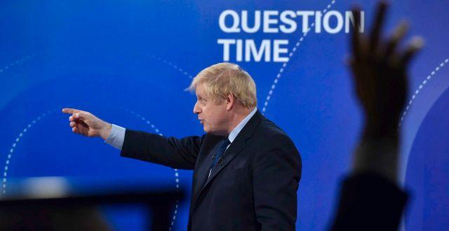 Boris Johnson vid en utfrågning inför nyvalet.  Jeff Overs / TT NYHETSBYRÅN