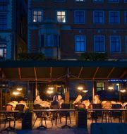 Uteservering i Gamla stan i Stockholm. Henrik Montgomery/TT / TT NYHETSBYRÅN