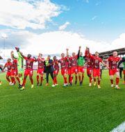 Östersund jublar efter segern. JOHAN AXELSSON / BILDBYRÅN