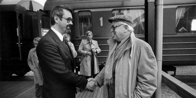 Arkivbild från 25 okt 1983. Företagsledaren Percy Barnevik (t.v.) och politikern och företagaren Nils G Åsling. Gunnar Lundmark / TT / / TT NYHETSBYRÅN