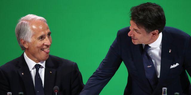Italienska olympiska kommitténs ordförande Giovanni Malago och premiärminister Giuseppe Conte. DENIS BALIBOUSE / BILDBYRÅN