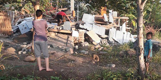 Manga barn bland offer for jordskred