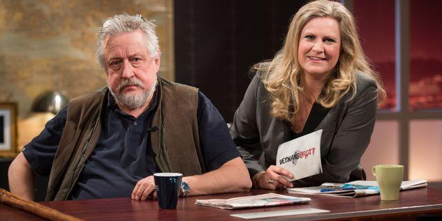 Arkivbild: Leif GW Persson och Camilla Kvartoft i Veckans brott-studion. FREDRIK SANDBERG / TT / TT NYHETSBYRÅN
