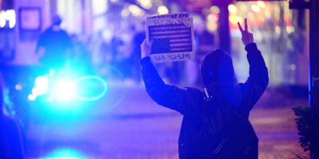 Protester i Portland den 12 november. ANKUR DHOLAKIA / AFP