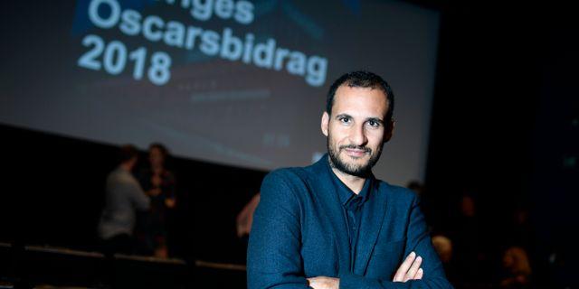 """Ali Abbasi, regissör, under en pressträff på Svenska filminstitutet i Stockholm. Filmen """"Gräns"""" blir Sveriges kandidat till Oscarsgalan nästa år.   Pontus Lundahl/TT / TT NYHETSBYRÅN"""