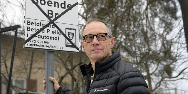 Jan Söderström kritiserar Stockholms stads parkerings- och felparkeringsavgifter.  Foto:  Anders Wiklund/TT