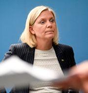 Finansminister Magdalena Andersson vid en pressträff 14 maj.  Ali Lorstani/TT / TT NYHETSBYRÅN