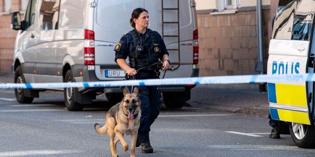 Polis på JH Dahlsgatan i Kristianstad den 12 augusti. Johan Nilsson/TT / TT NYHETSBYRÅN