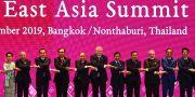 Gruppbild från Östasiatiska toppmötet i Bangkok. MANAN VATSYAYANA / AFP