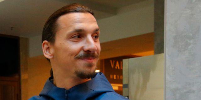 Zlatan i Moskva tidigare i dag. SERGEI KARPUKHIN / TT NYHETSBYRÅN