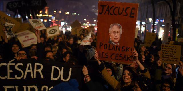 Demonstrationer i Paris under Césargalan. LUCAS BARIOULET / TT NYHETSBYRÅN
