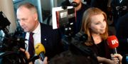 Jonas Sjöstedt och Annie Lööf intervjuas inför den avgörande statsministeromröstningen i januari. Stina Stjernkvist/TT / TT NYHETSBYRÅN