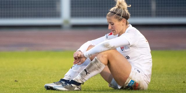 Rosengårds Anja Mittag deppar efter lördagens avgörande match. Björn Larsson Rosvall/TT / TT NYHETSBYRÅN