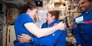 Christina Coch och Jessica Meir ombord på ISS. TT NYHETSBYRÅN